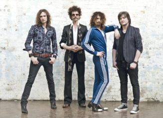 Pic1 The Darkness