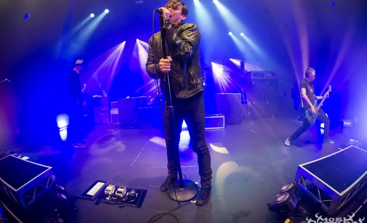 Grinspoon 16