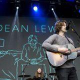 Dean Lewis (1)