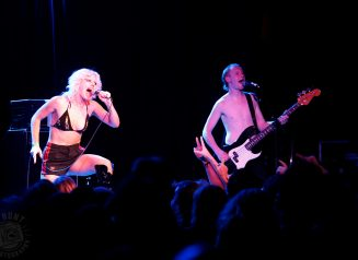 Amyl And The Sniffers RH 09